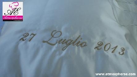 cuscino per le fedi personalizzato con il nome degli sposi